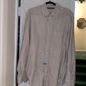 Armani collection button down. XL. Ivory w/taupe